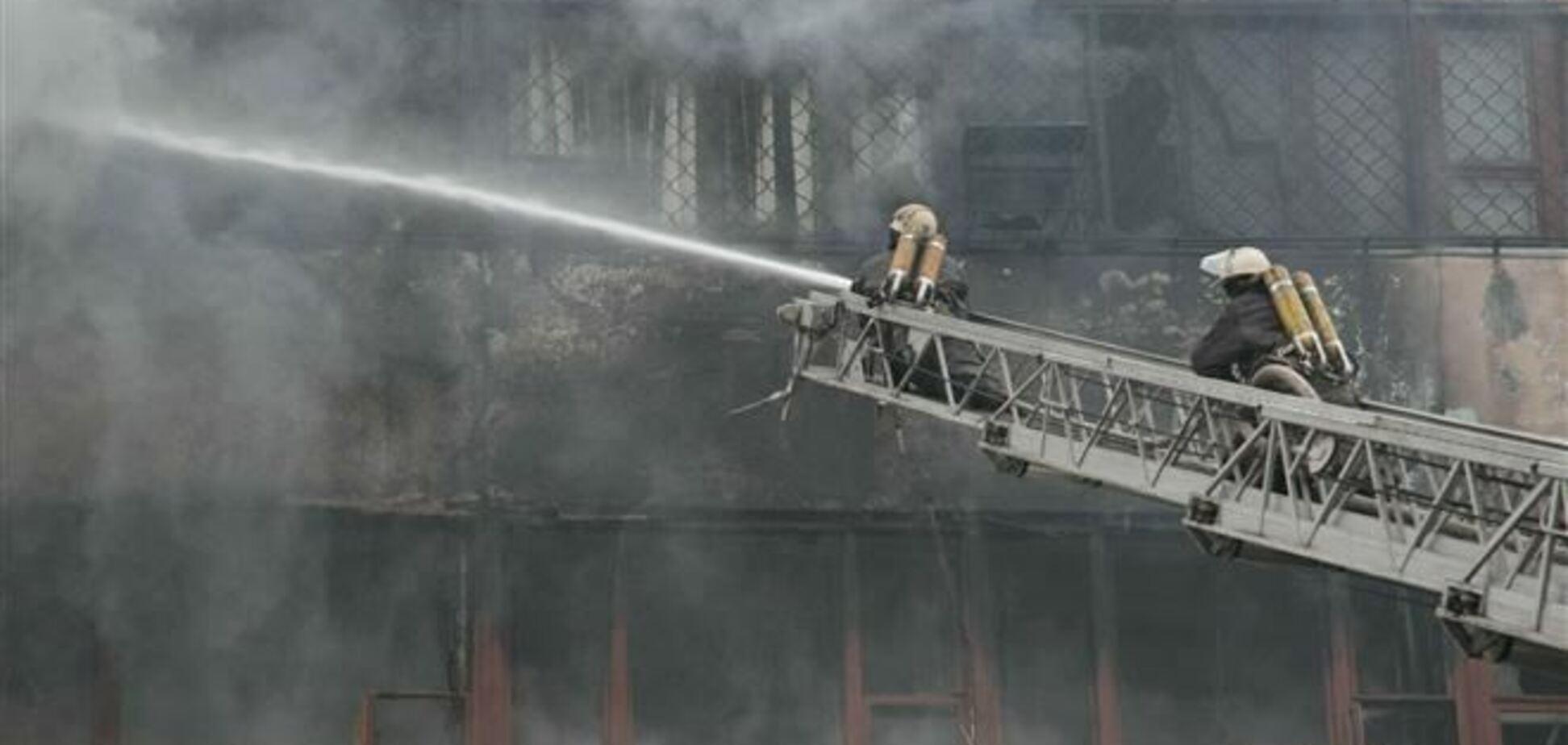 ЗМІ: причиною пожежі на 'Хартроні' могло стати різдвяне застілля