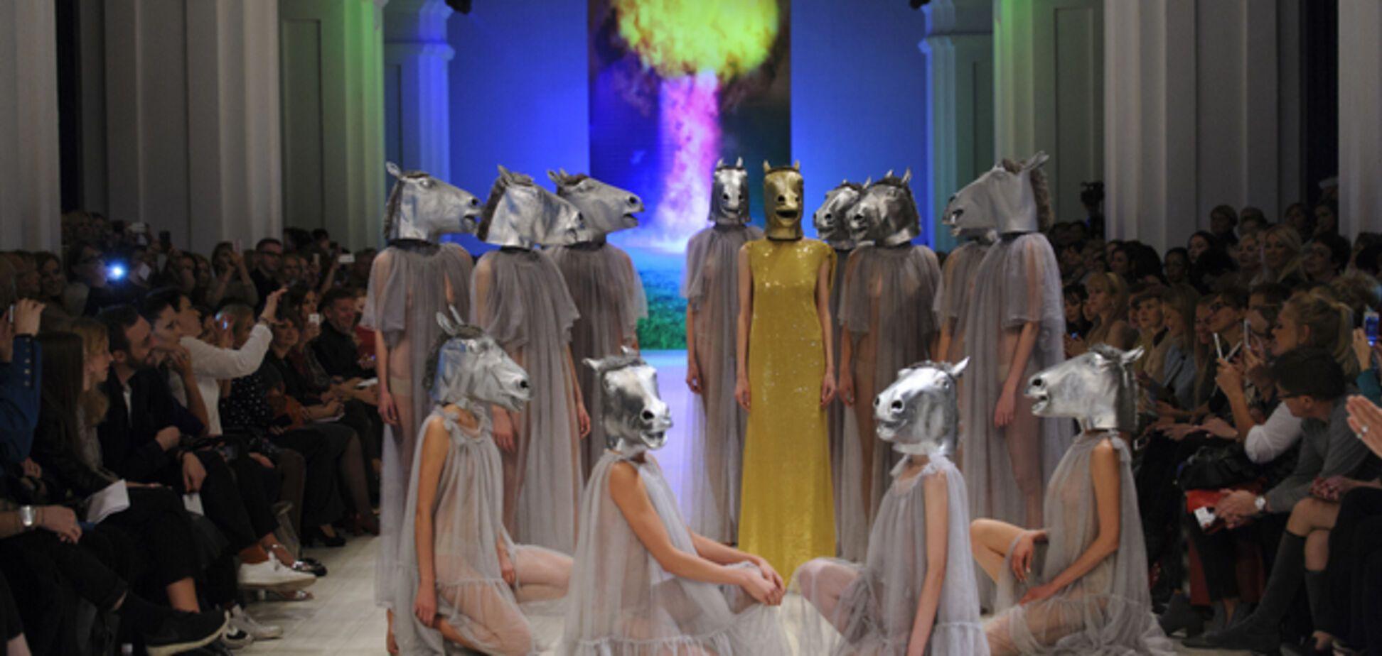 Ukrainian Fashion Week: Victoria Gres устроила показ-протест против войны
