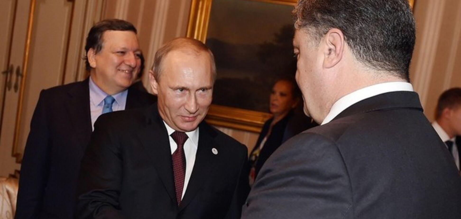 Порошенко з Путіним домовилися про повне виконання мінських домовленостей