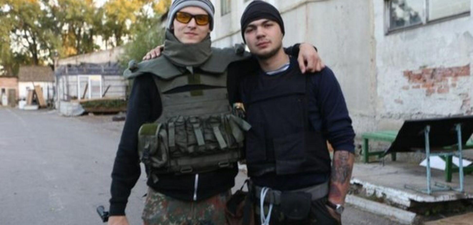 Руфер Мустанг провел в донецком аэропорту 5 дней и вернулся живым: опубликованы фото