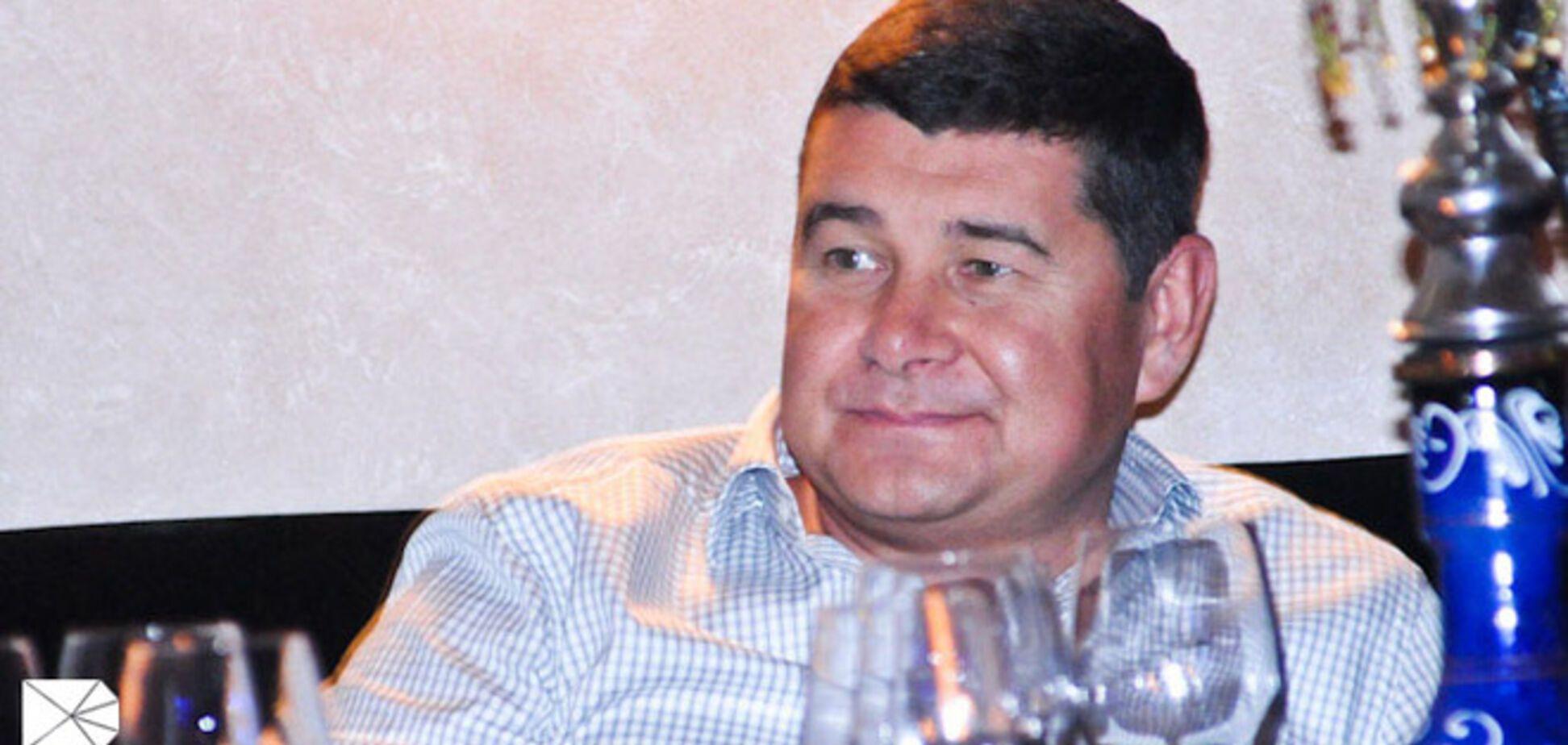 Мандат на подкуп. Как власть сливает регионалу округ на Киевщине