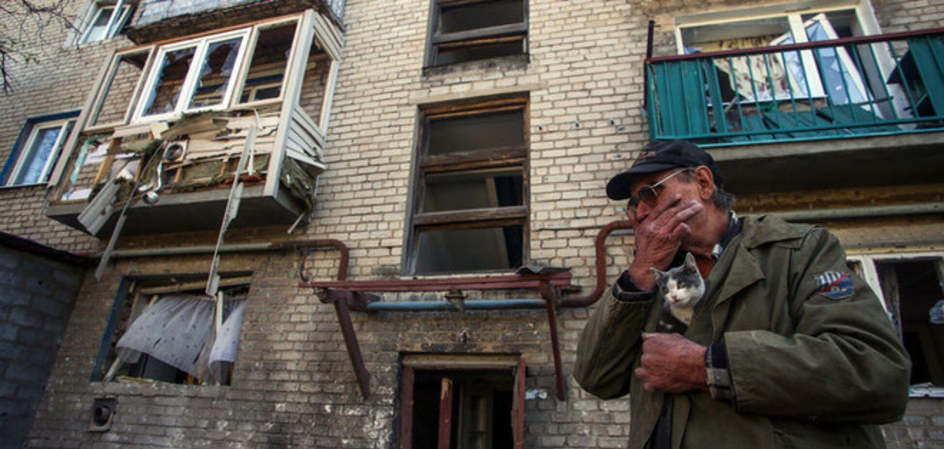Хроніка війни на Донбасі: від мітингів до танків