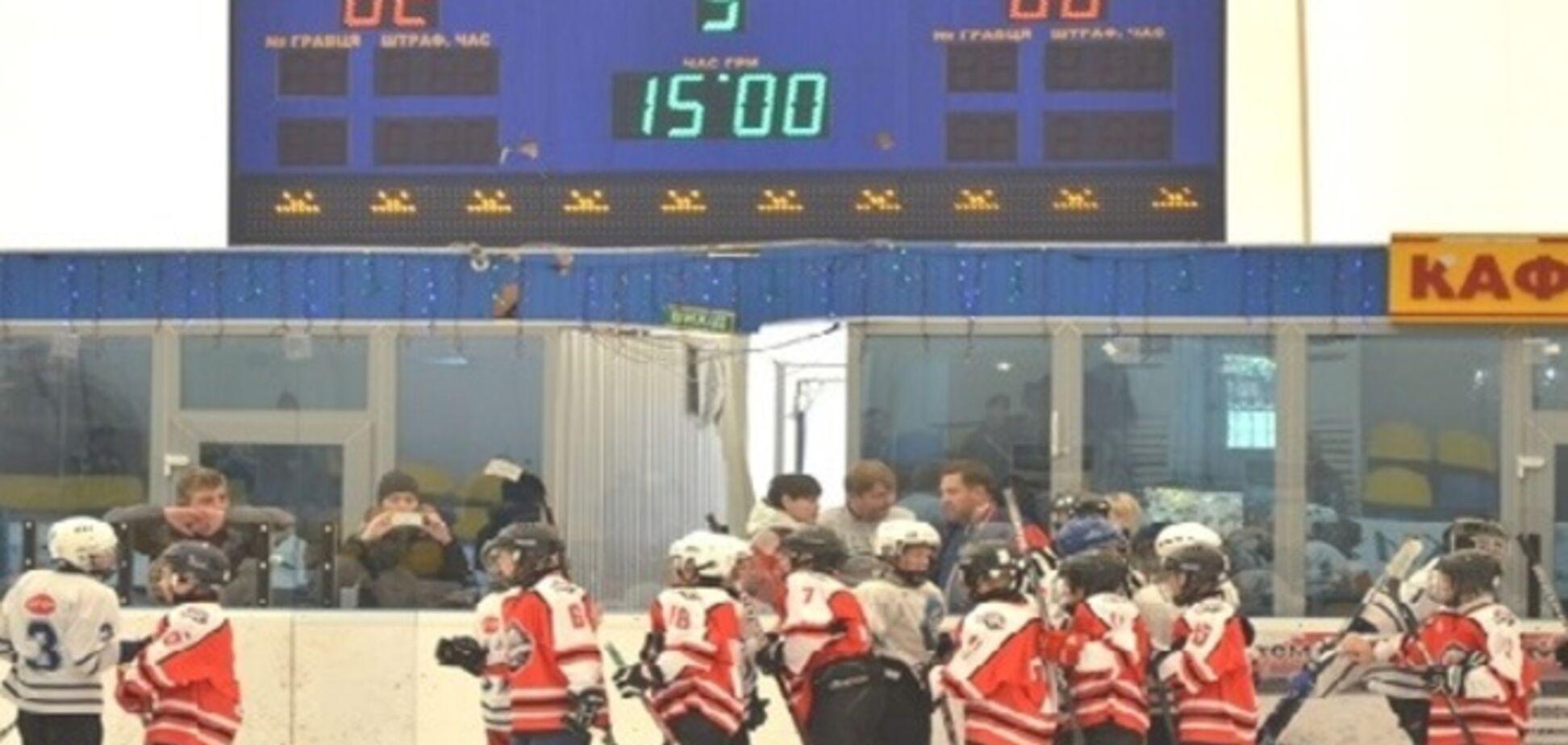 'Донбасс-2003' выиграл турнир 'Ледниковый период'