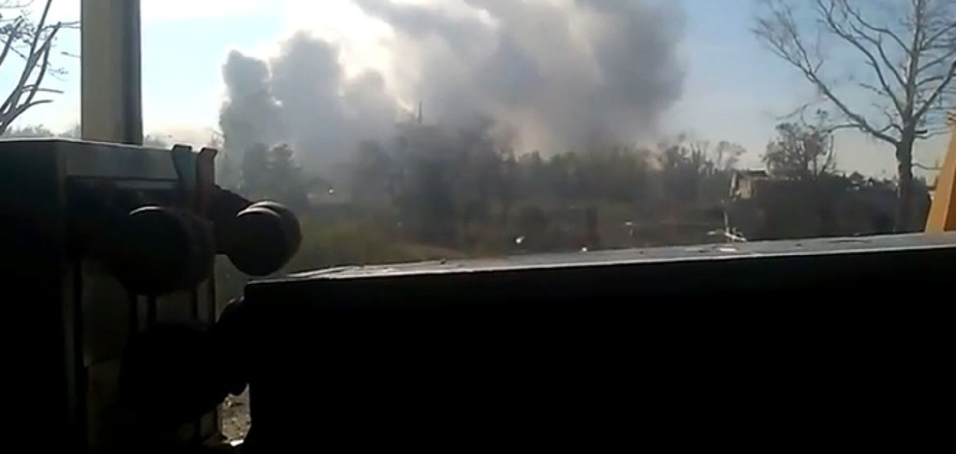 'Киборг' из аэропорта Донецка показал, 'как хорошо горят российские танки'