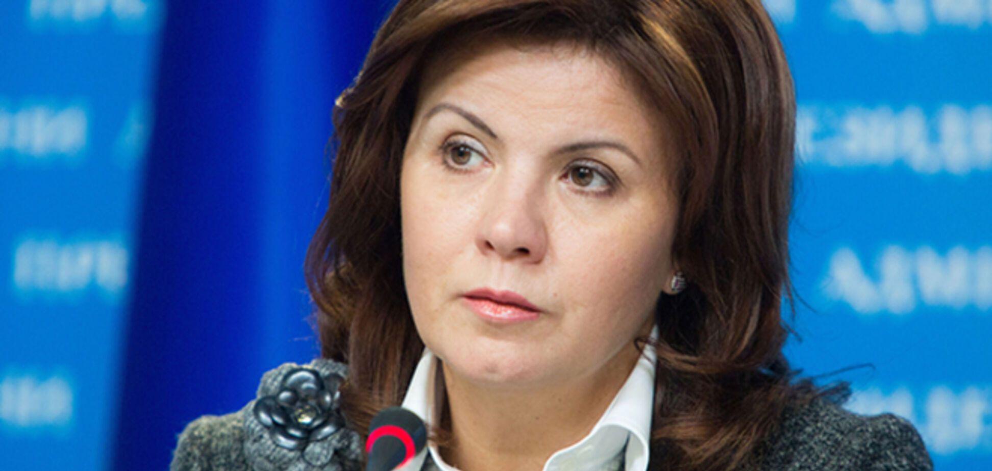 Порошенко звільнив Ставнійчук з посади радника Президента