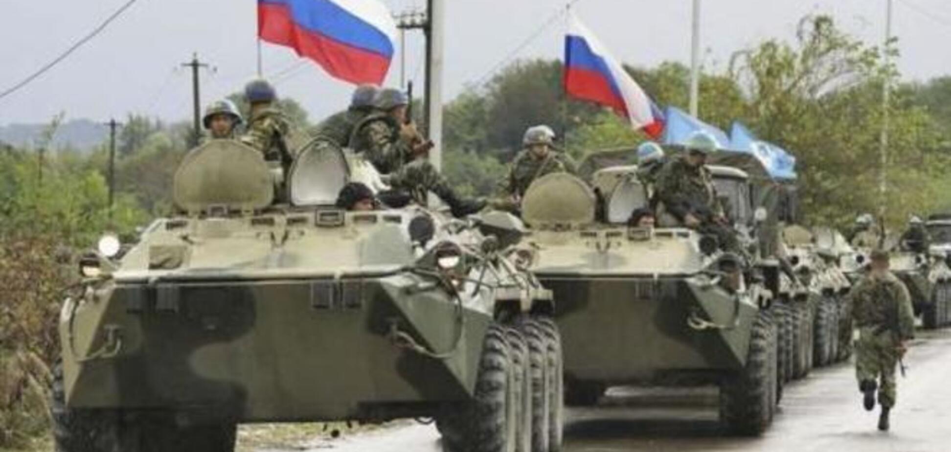 На Донетчину прибыли 50 танков и БТРов и 500 солдат из России