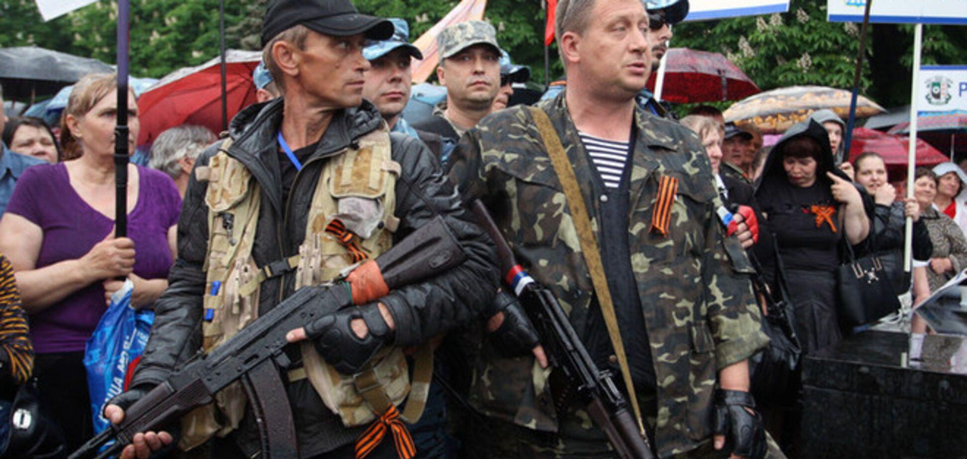 В Донецке боевики из тайника МВД похитили почти 100 пистолетов и автоматы