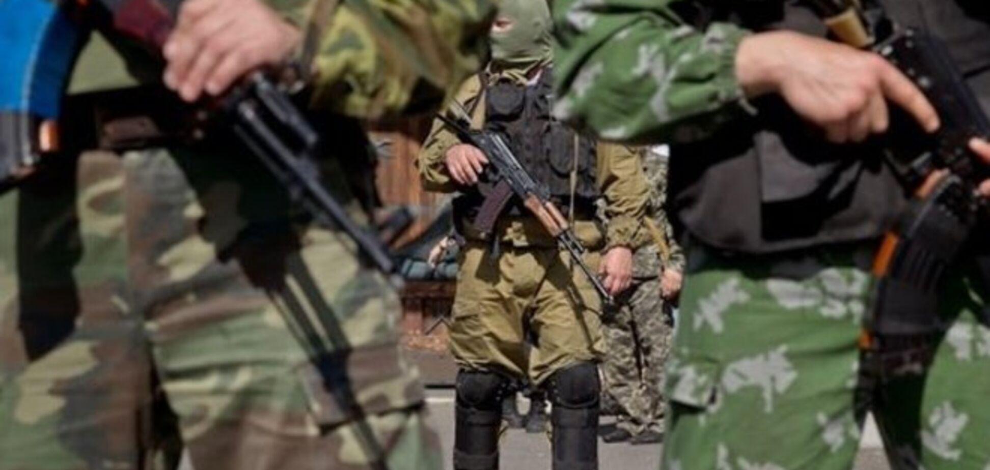 Дебальцево и Авдеевка обстреливаются террористами, попытки захвата аэропорта не прекращаются