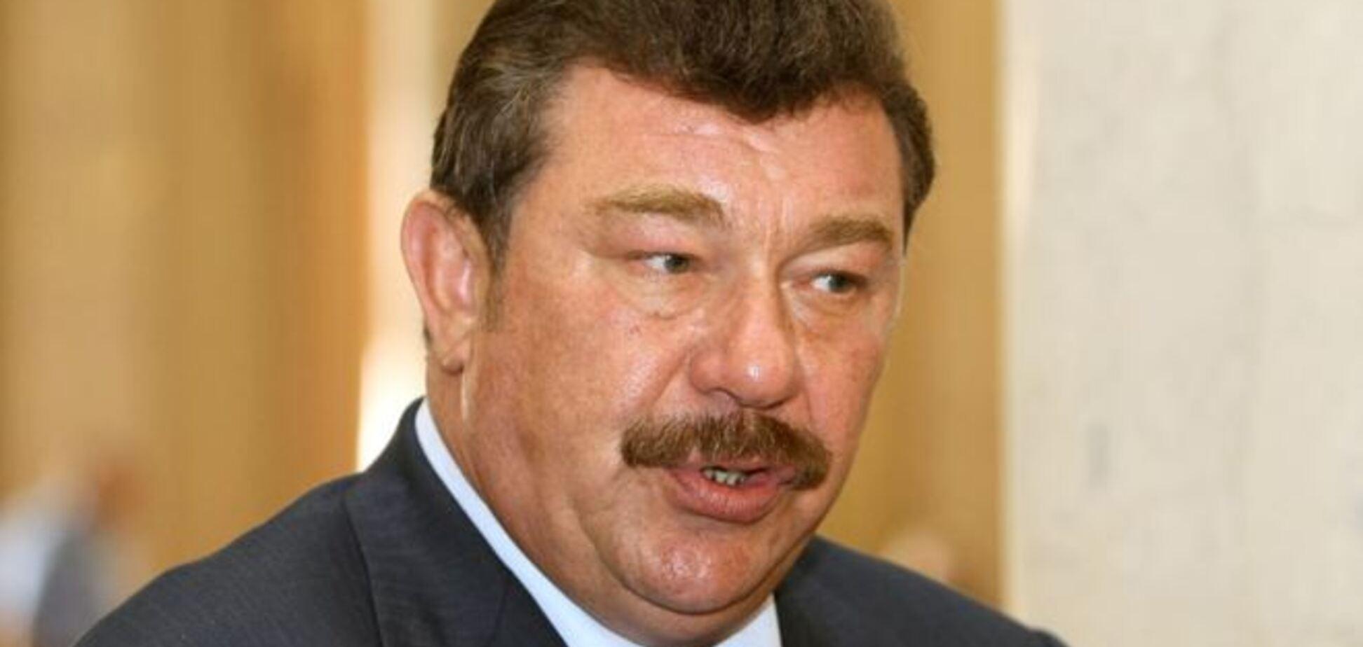 Кузьмук назвал третью силу, которая воюет против Украины на Донбассе