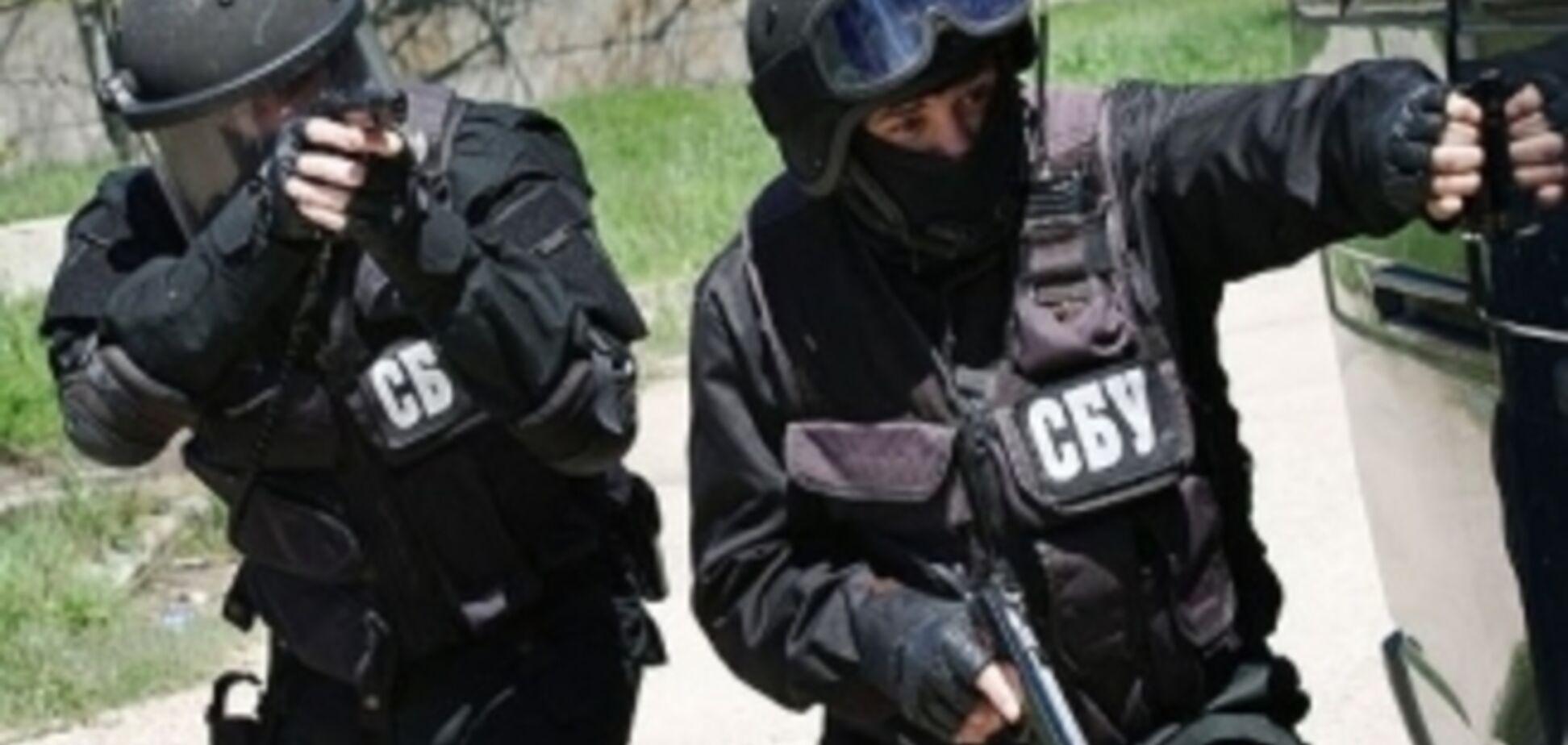 В Харькове со стрельбой и взрывами обезвредили террористов, один - убит