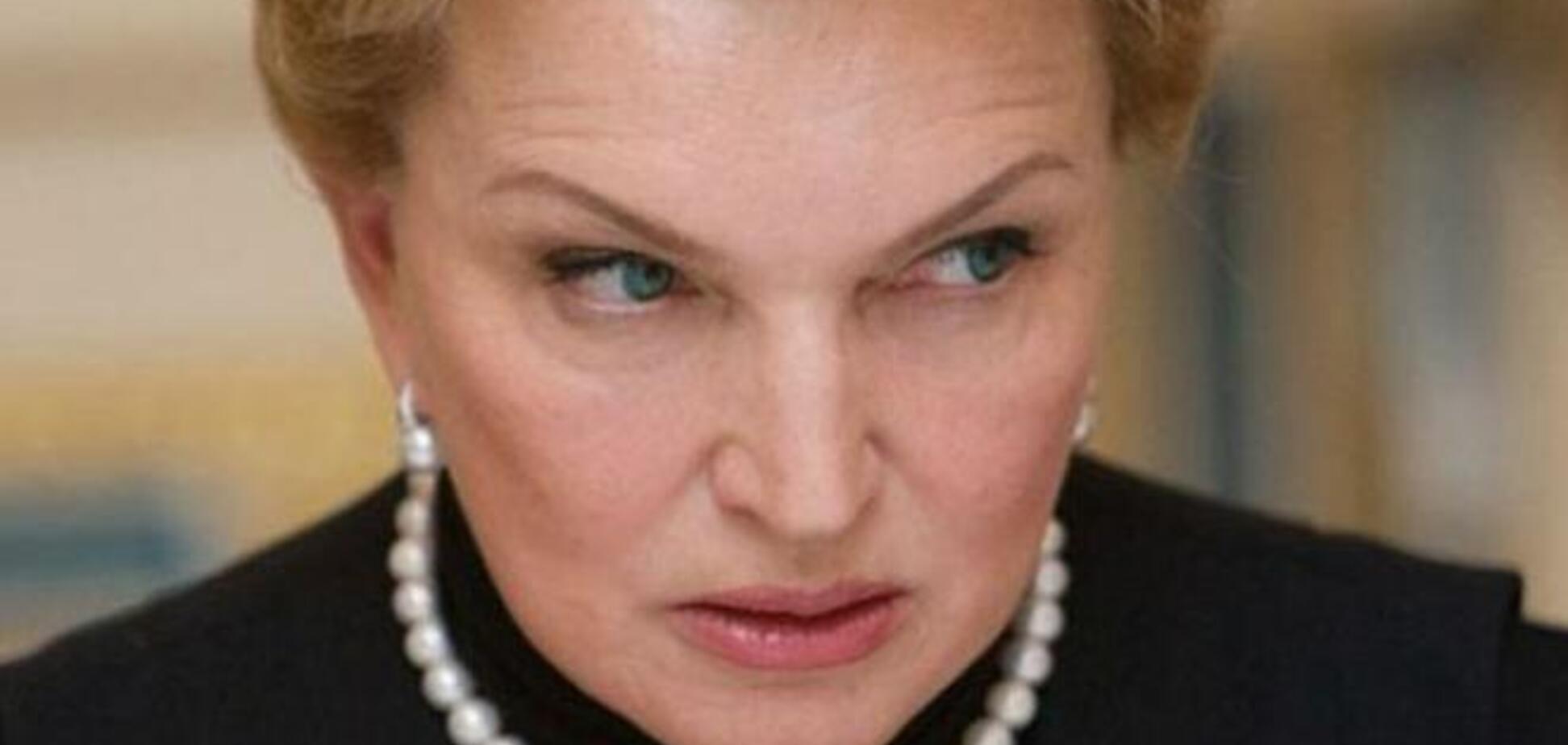 Скандалы Богатыревой: вакцины, шопинг, деньги для больных...