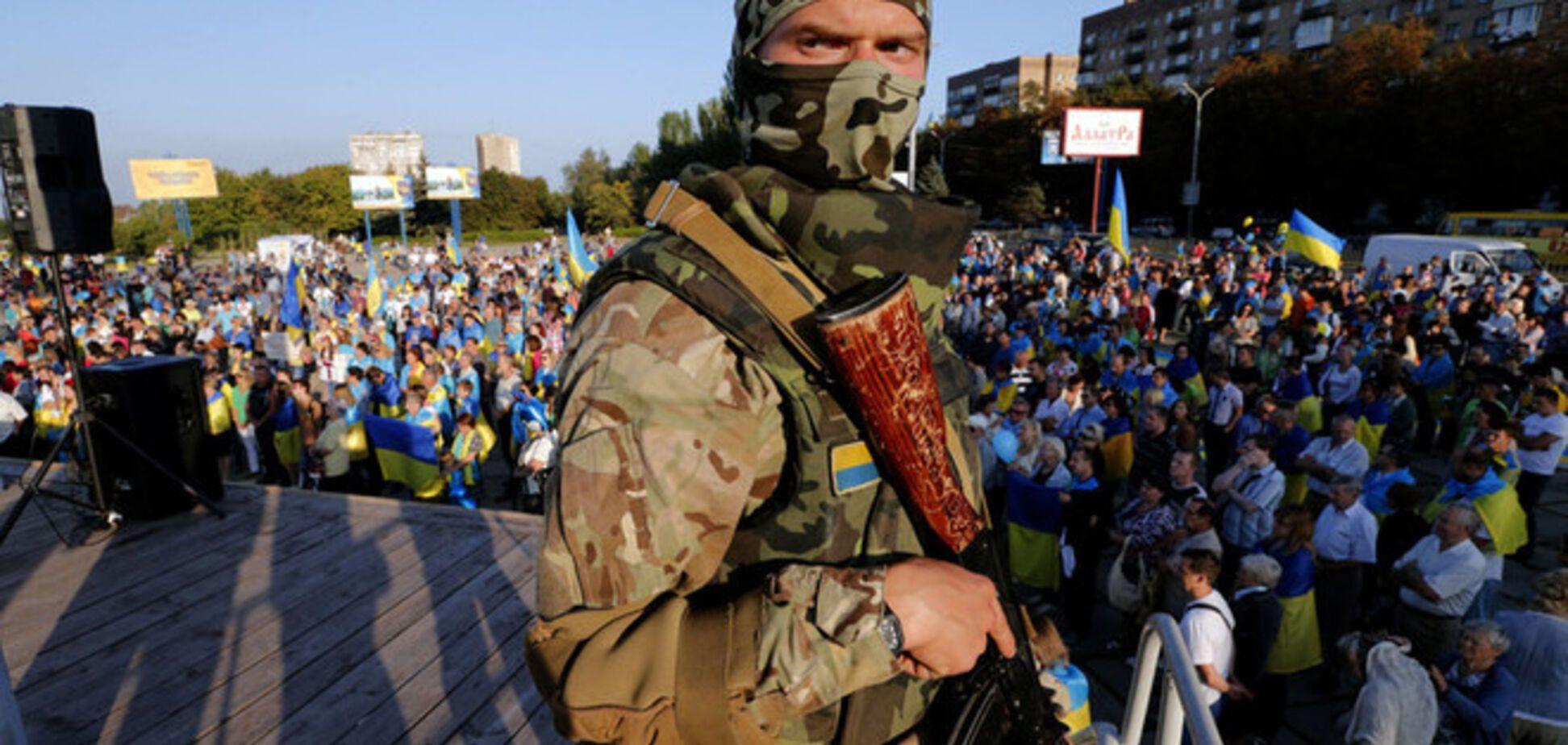 Террористы под видом бойцов 'Айдара' и 'Азова' готовят вооруженные провокации в день выборов - МВД
