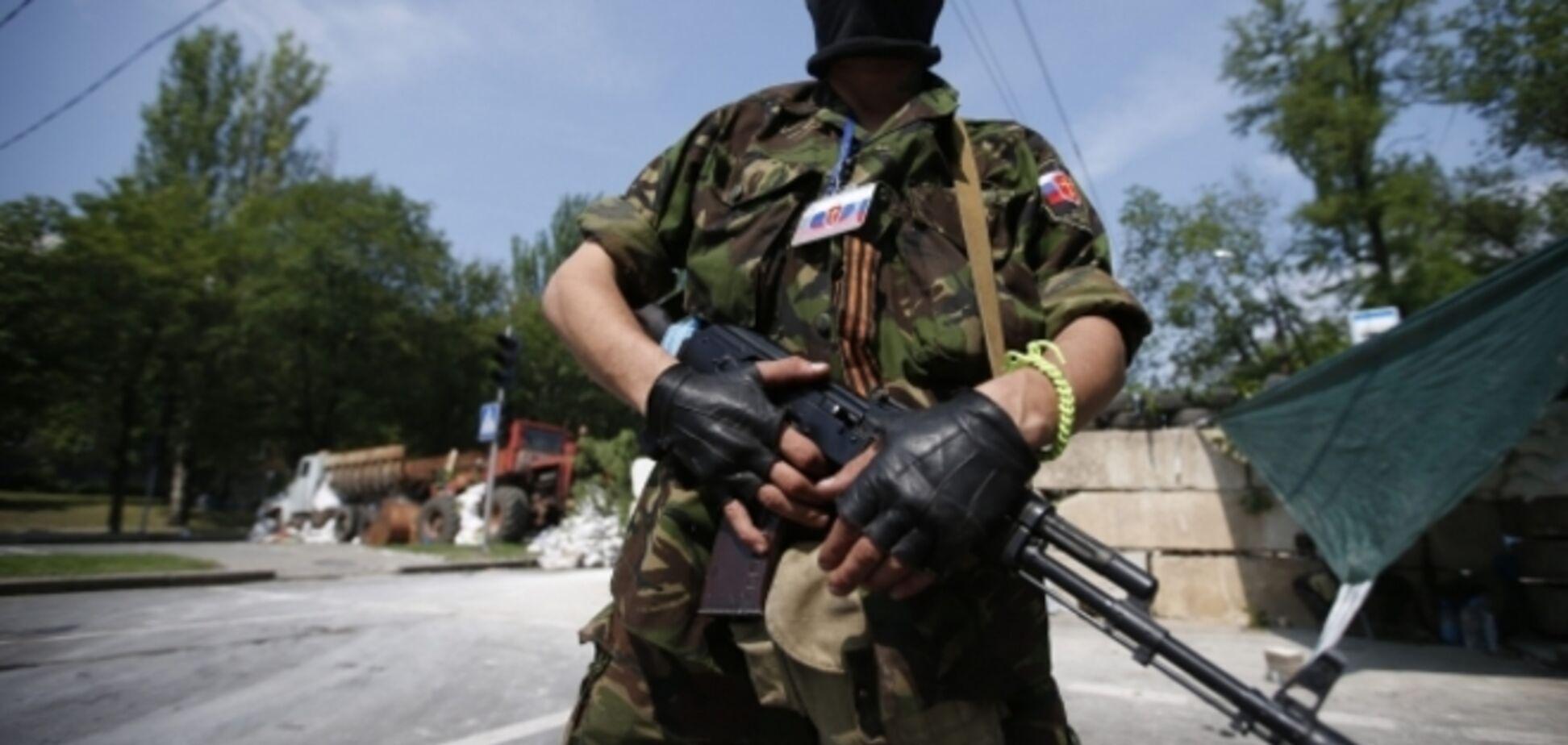 Террористы 'ДНР' начали отстреливать своих из 'Градов' и минометов  - журналист