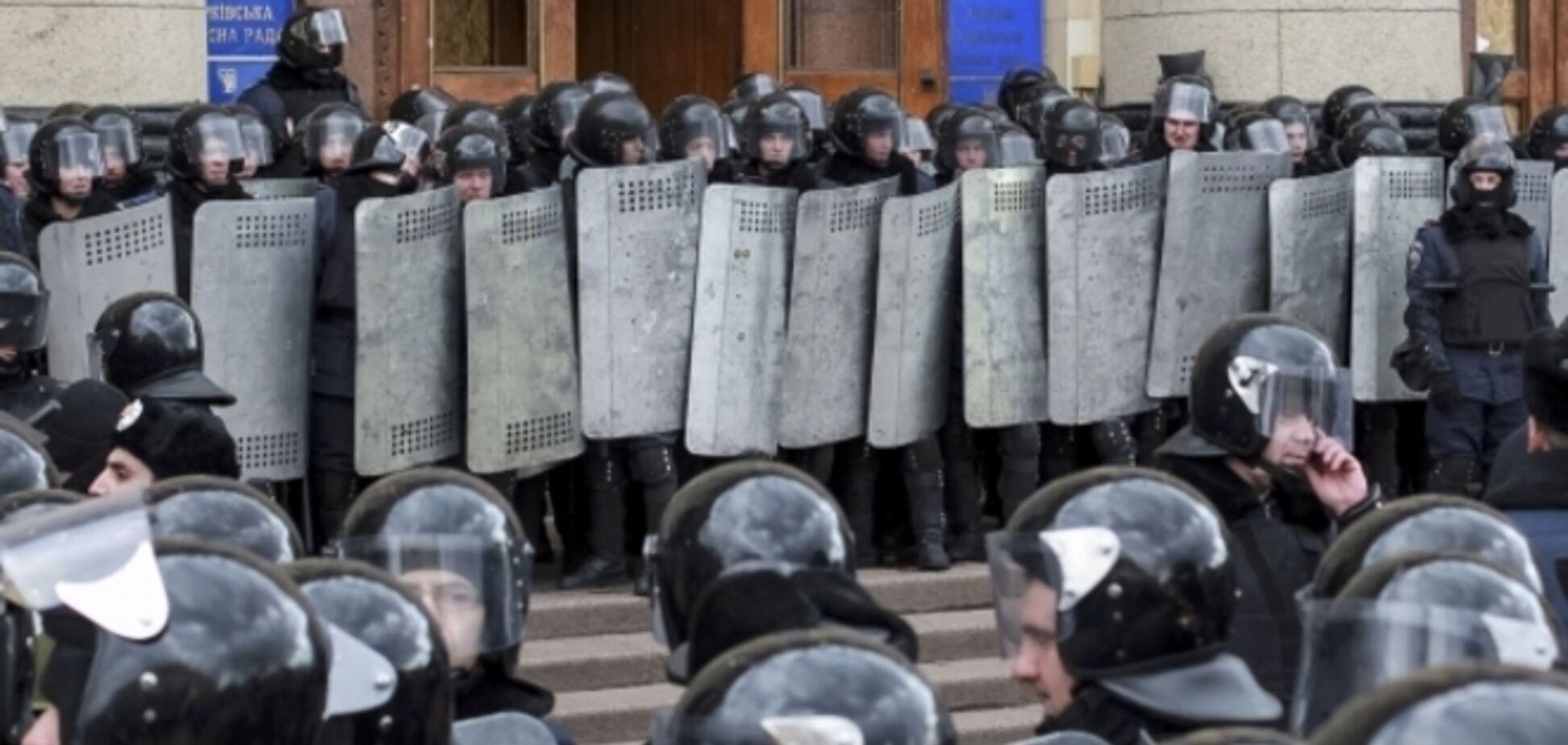 Освобождены трое обвиняемых в захвате Харьковской ОГА