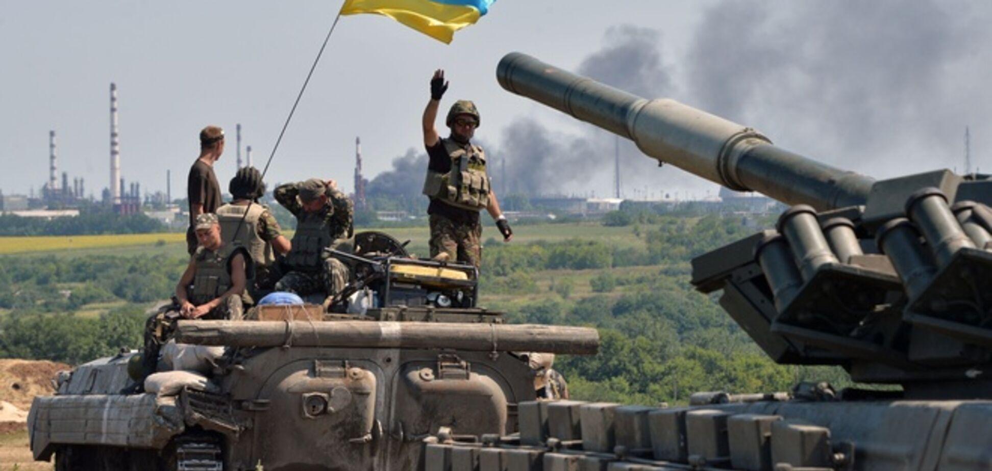 Под Мариуполем идет бой: силы АТО уничтожили танк террористов