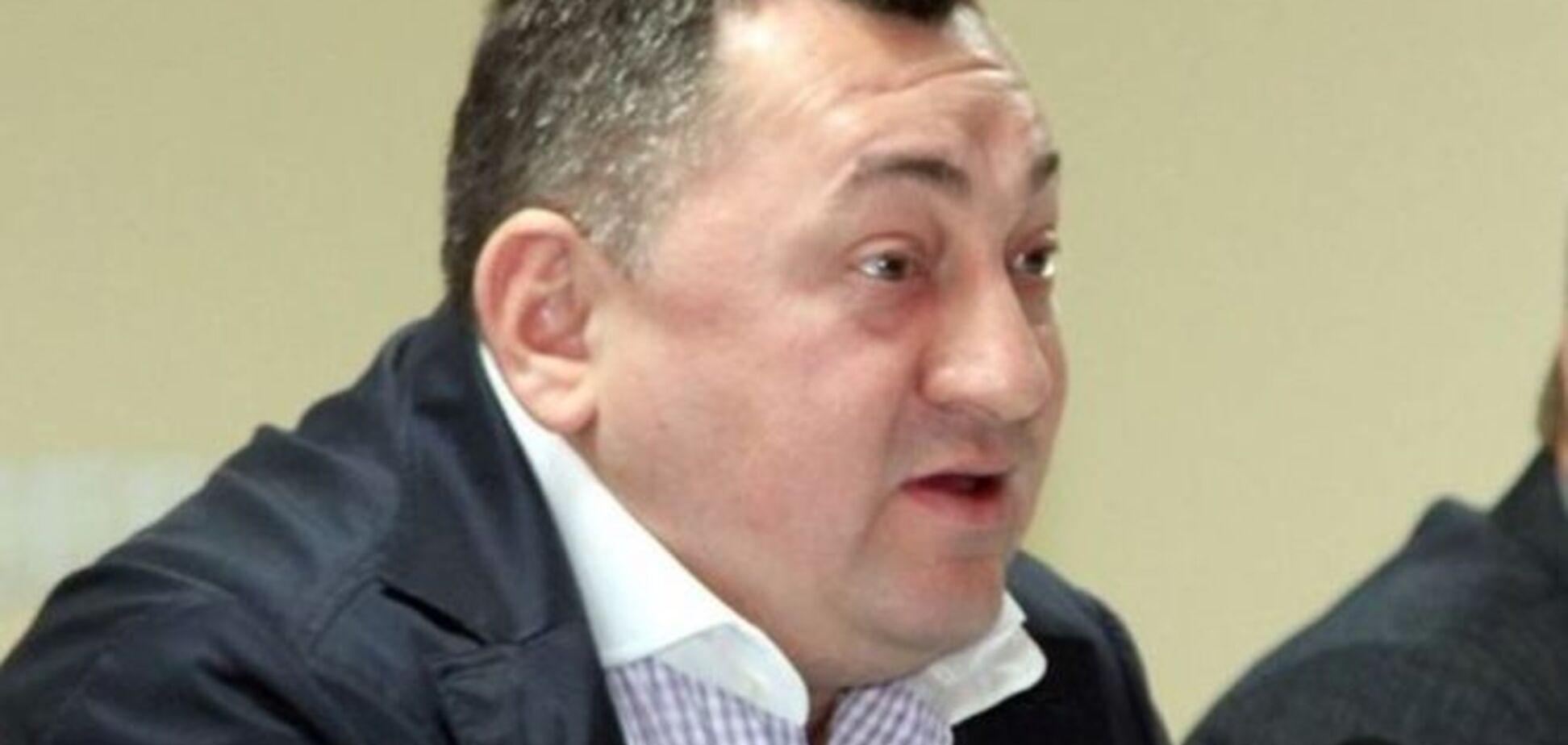 Чоловік Гереги випереджає конкурентів по округу в Хмельницькій області