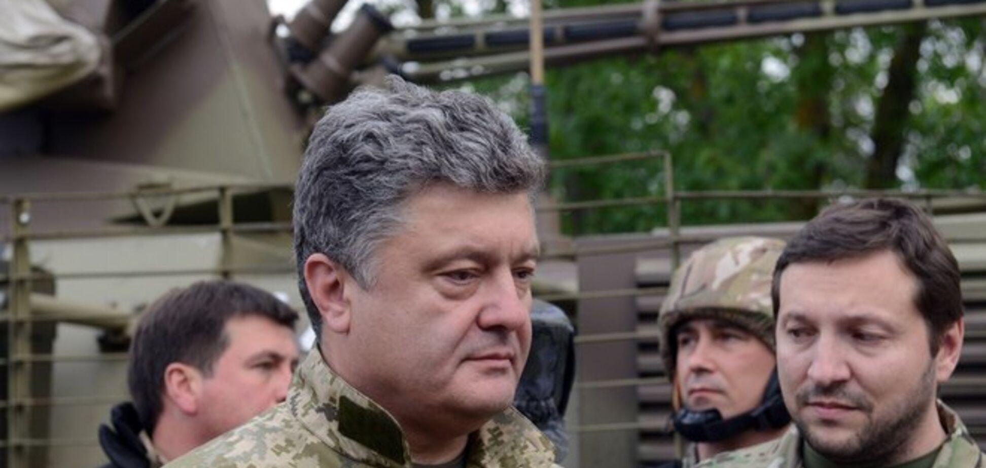 Порошенко сообщил об освобождении украинцев из плена боевиков