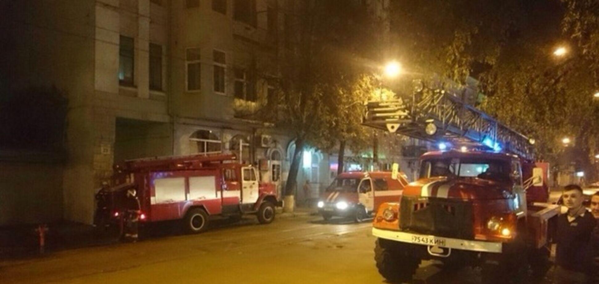 Озвучены две версии поджога киевского кинотеатра