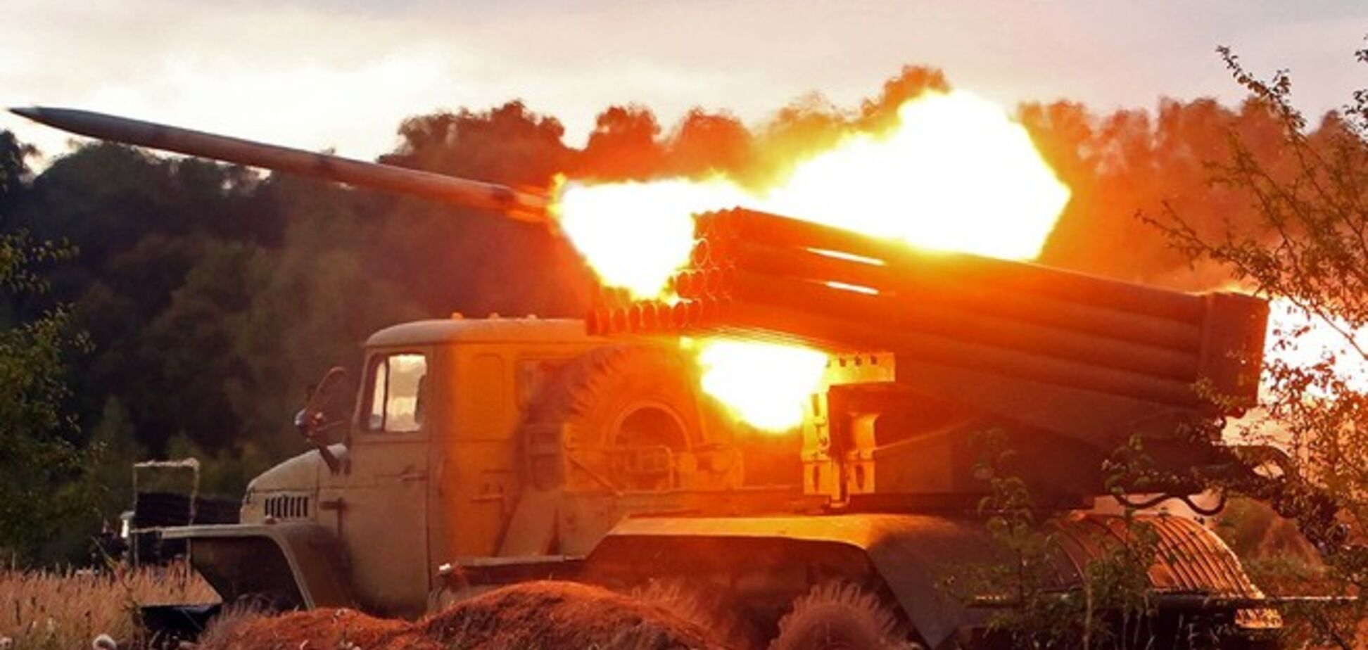 После недолгого затишья террористы возобновили артобстрелы на Луганщине