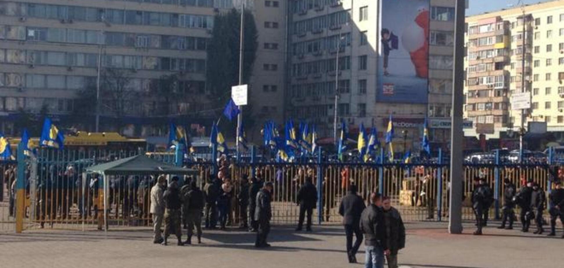 'Свобода' протестует под ЦИК: у них 'украли' голоса