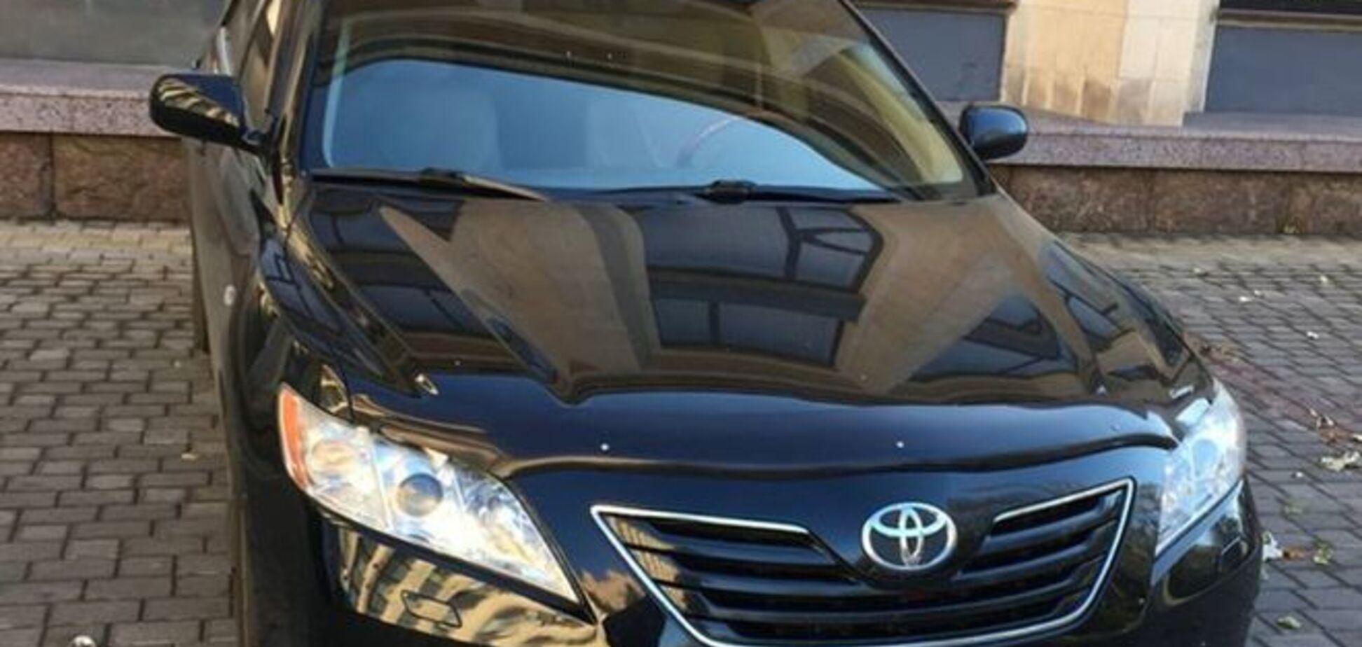 Боевики сделали из машины мэра Донецка 'милицейский' автомобиль