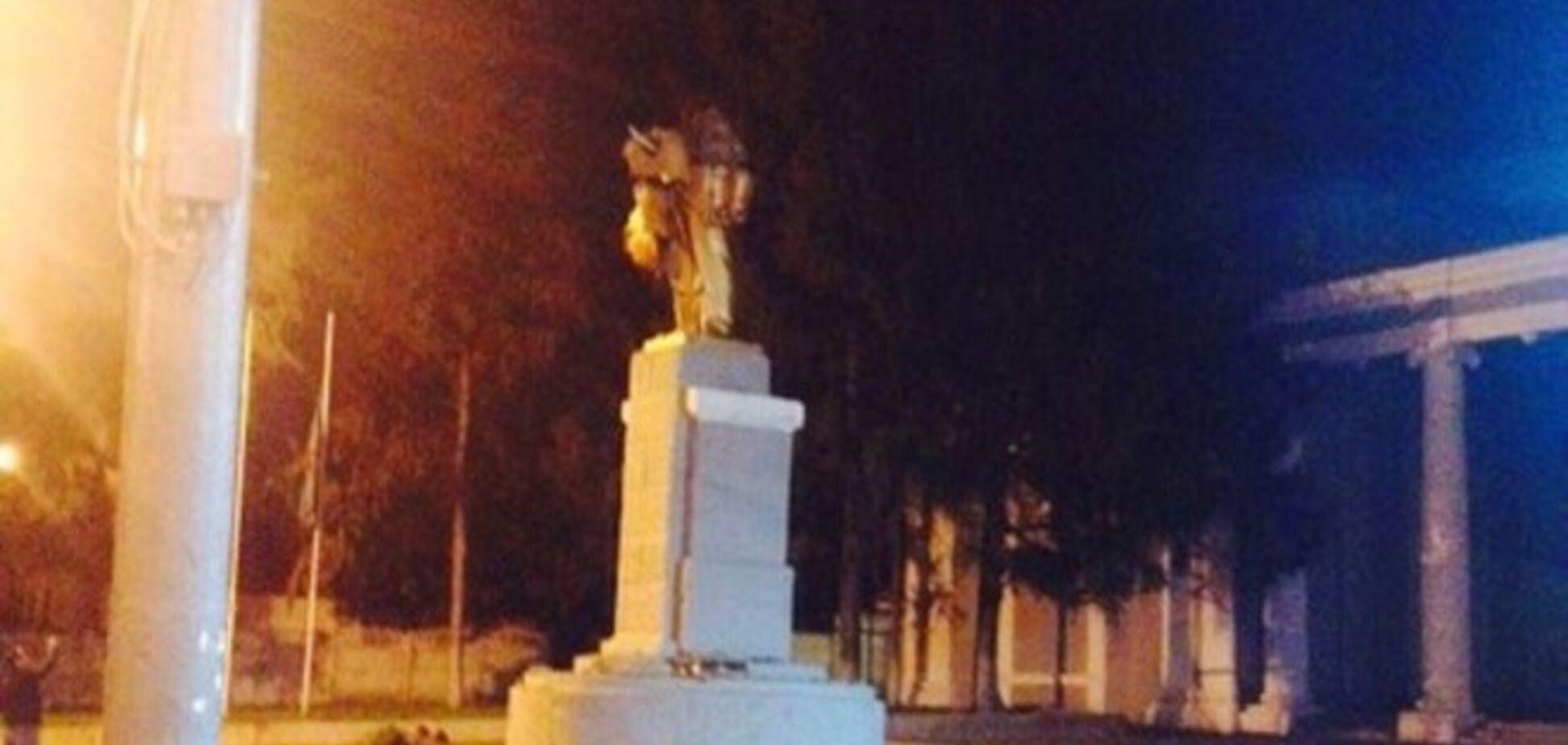 За одну ночь на Харьковщине разрушили четыре памятника Ленину