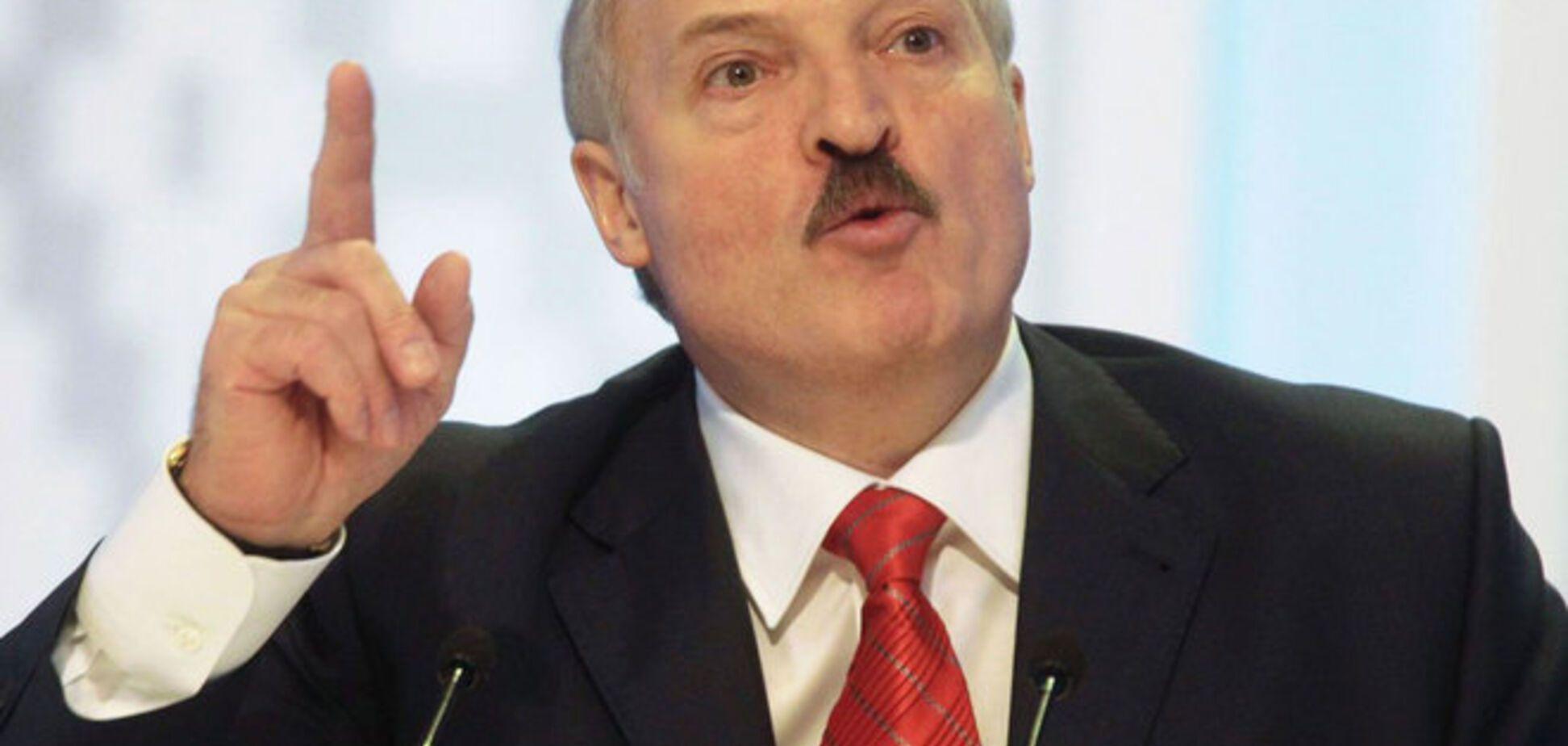 Лукашенко отжег: 'Отдать Казахстану всю территорию России!'