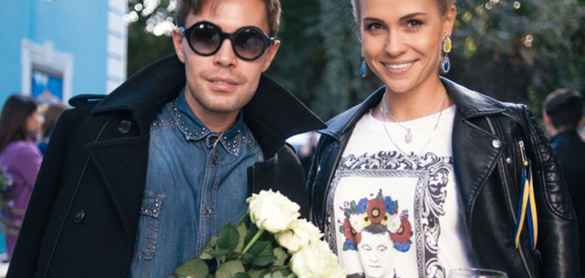 'Обрати внимание на Украину!'. Татьяна Митус презентовала футболки с Порошенко и Обамой в веночках