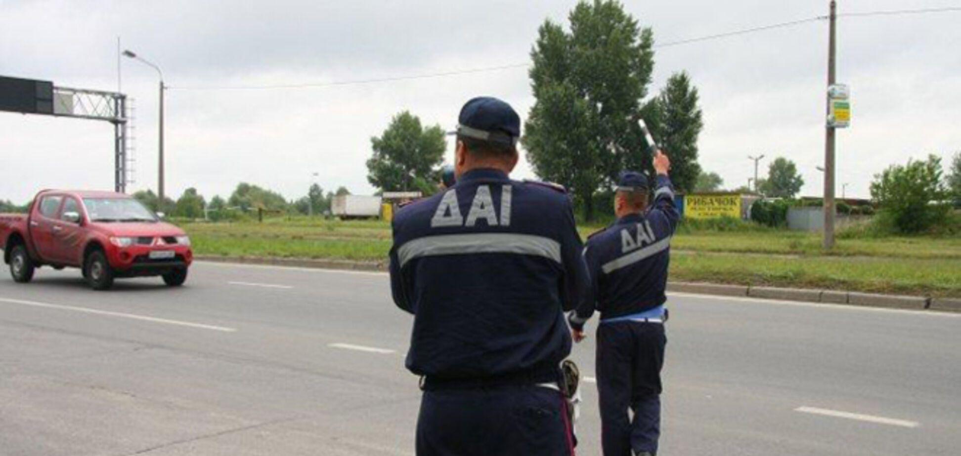 Российские спецназовцы взяли в плен двух украинских гаишников