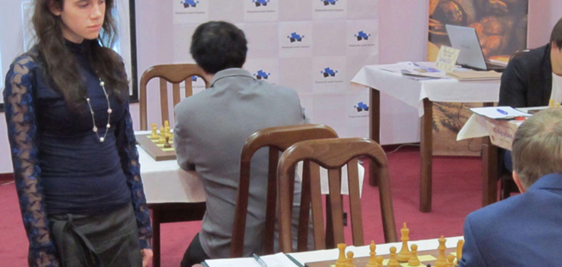 На ЧУ-2014 по шахматам экс-чемпионка мира проиграла 16-летней девочке