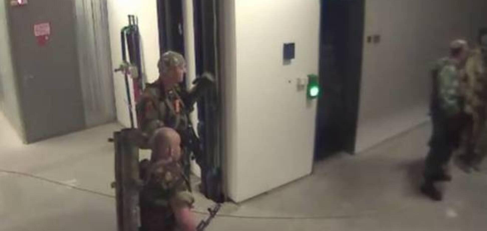 Пустившему террористов в донецкий аэропорт предателю из СБУ светит 15 лет тюрьмы