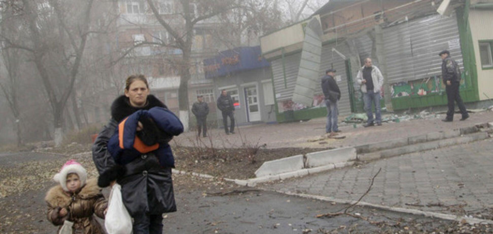В Енакиево женщины потребовали от террористов выплаты пособий на детей