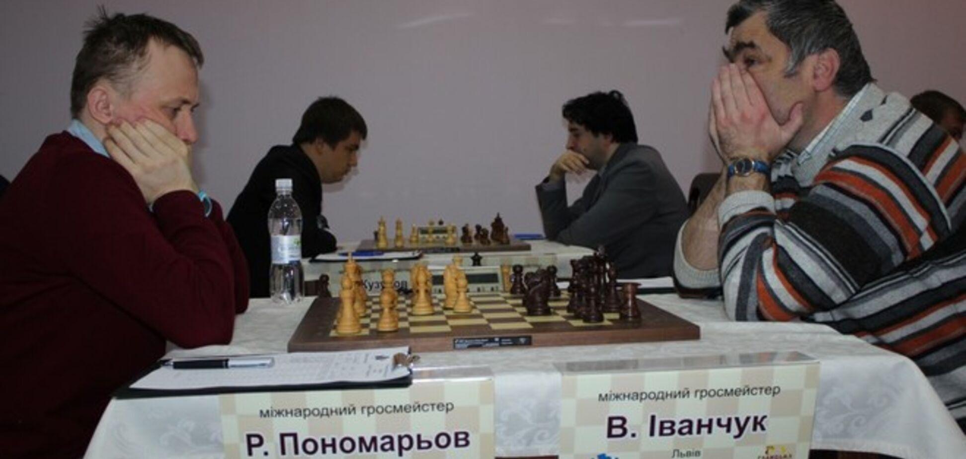 На чемпионате Украины по шахматам встретились самые титулованные участники