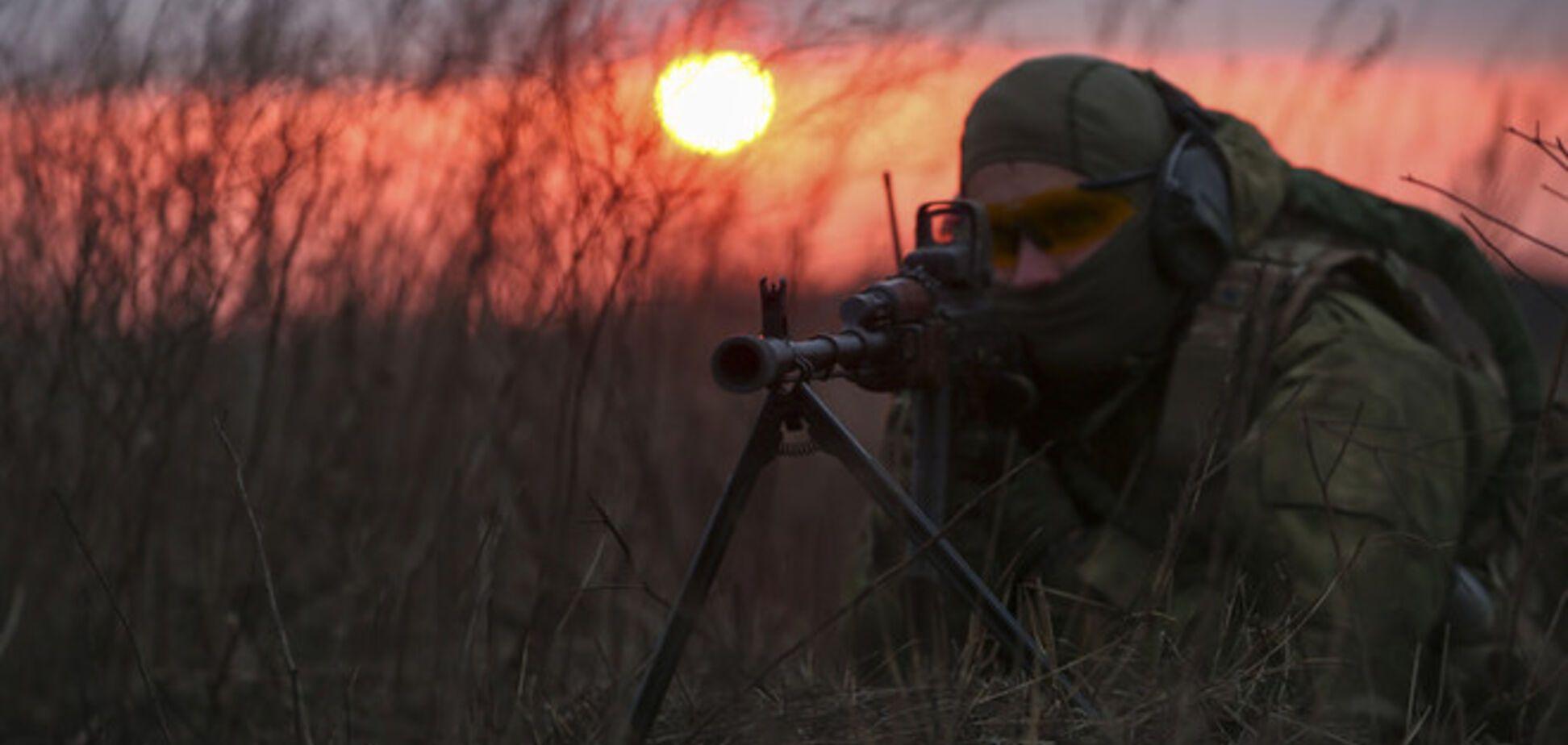Донецкие террористы осваивают новые участки 'фронта' и концентрируют технику и живую силу