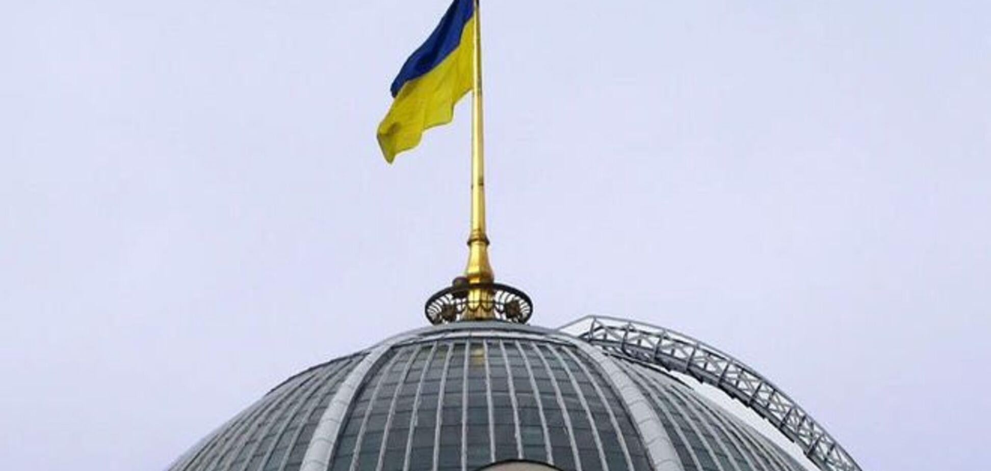 Эксперты о новой коалиции: Яценюку надо справиться со своими амбициями