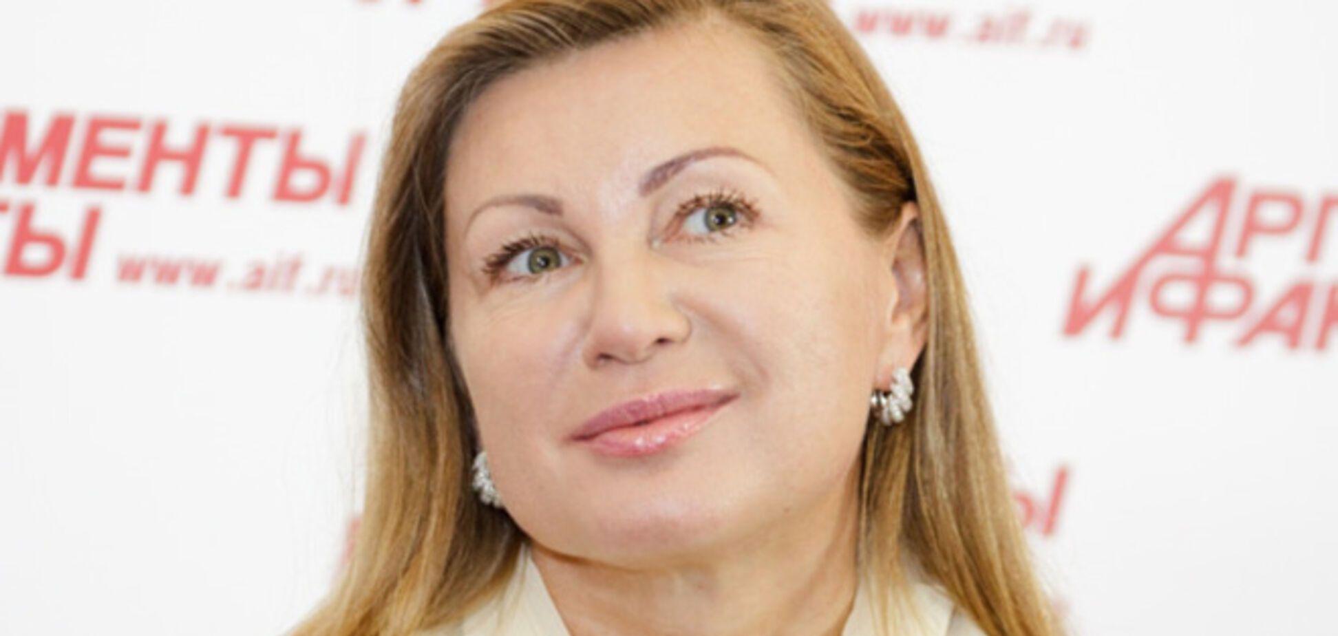 Перед луганчанами в день 'выборов' пела исполнительница хитов 'Русская водка' и 'Вор'