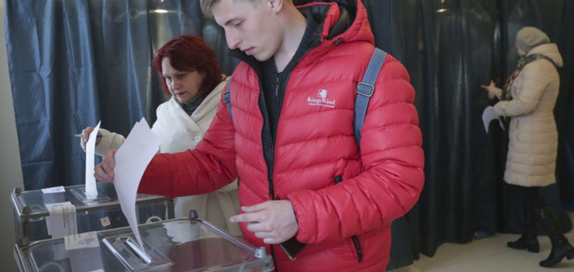 Жители Донбасса пожаловались на вынужденное участие в 'выборах'