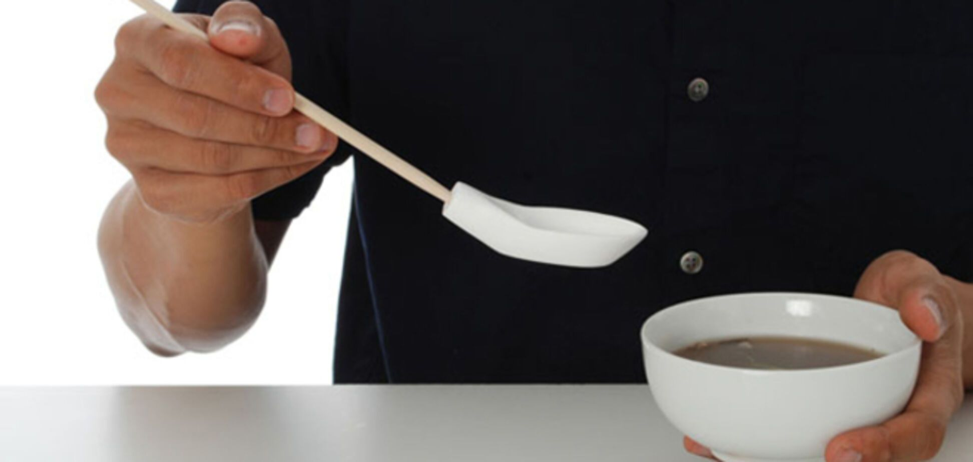 Мегаизобретение: чудо-ложка меняет вкус еды