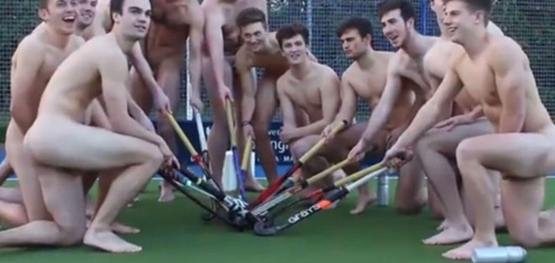 Английские спортсмены устроили голую акцию в защиту геев: видео протеста