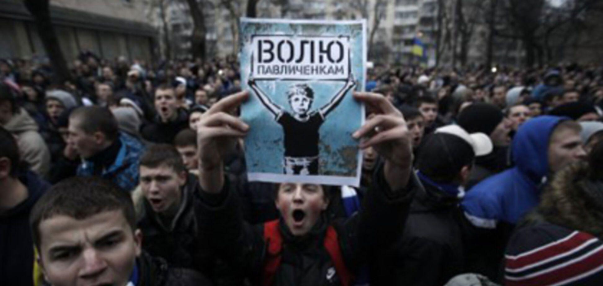 Реабилитированным после Майдана отцу и сыну Павличенко пригрозили новыми уголовными делами