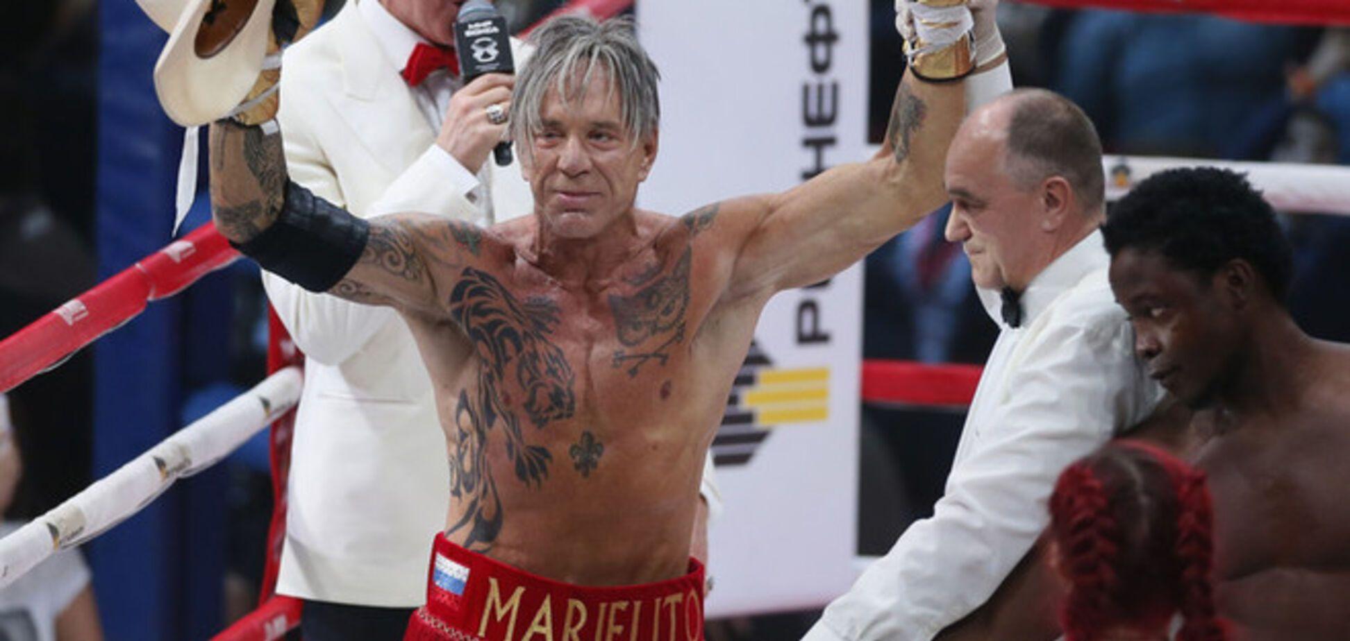 Легендарний Міккі Рурк виграв бій нокаутом в Москві