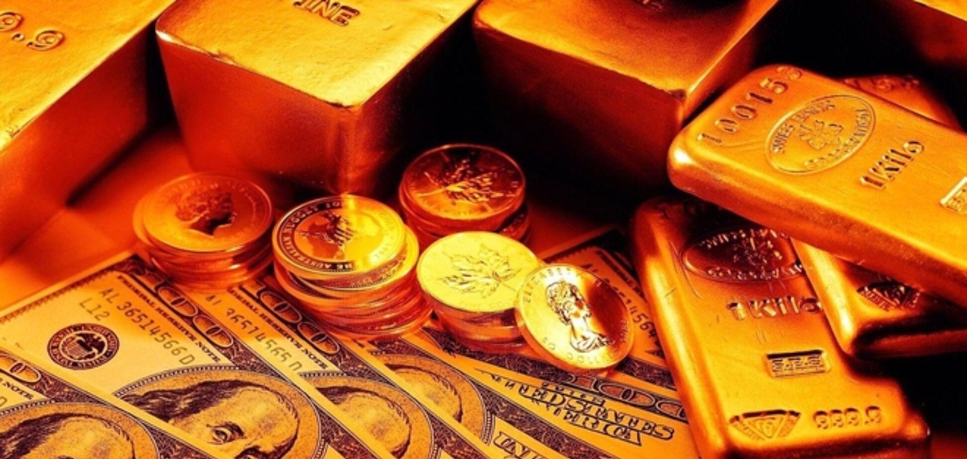 Украина выплатит долг России за счет золотовалютных резервов
