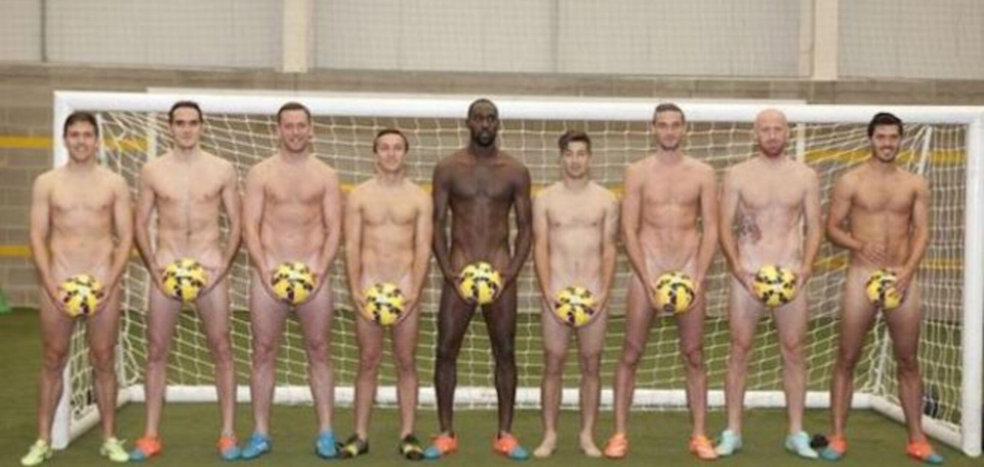 Английские футболисты разделись догола для борьбы с раком