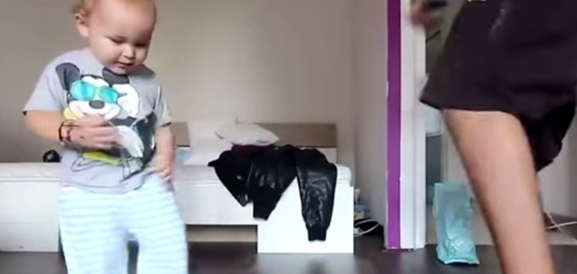 Зажигай! Сеть взорвало видео с малышом-рэппером