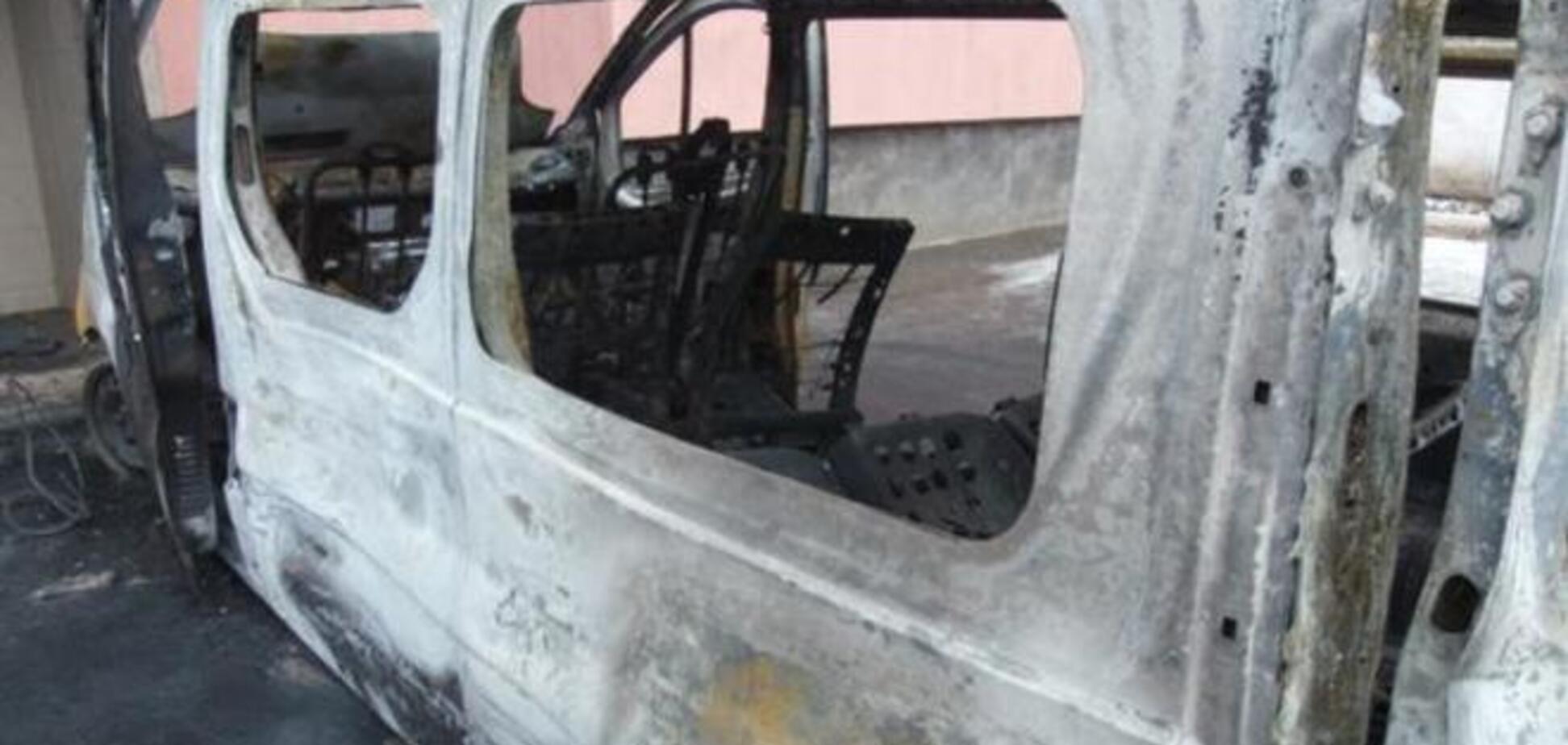В Макеевке неизвестные взорвали автомобиль боевиков: есть жертвы