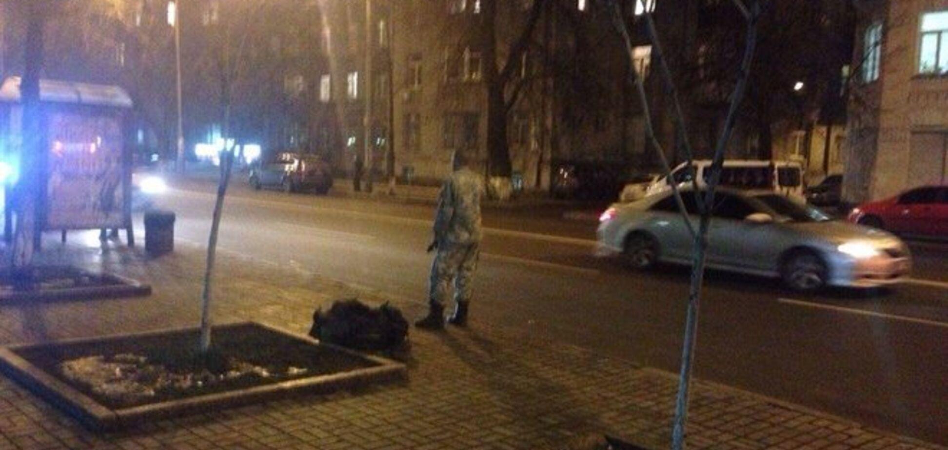У спокійному Києві хіба так важко приділити хоч мінімальний жест уваги Кіборгу?