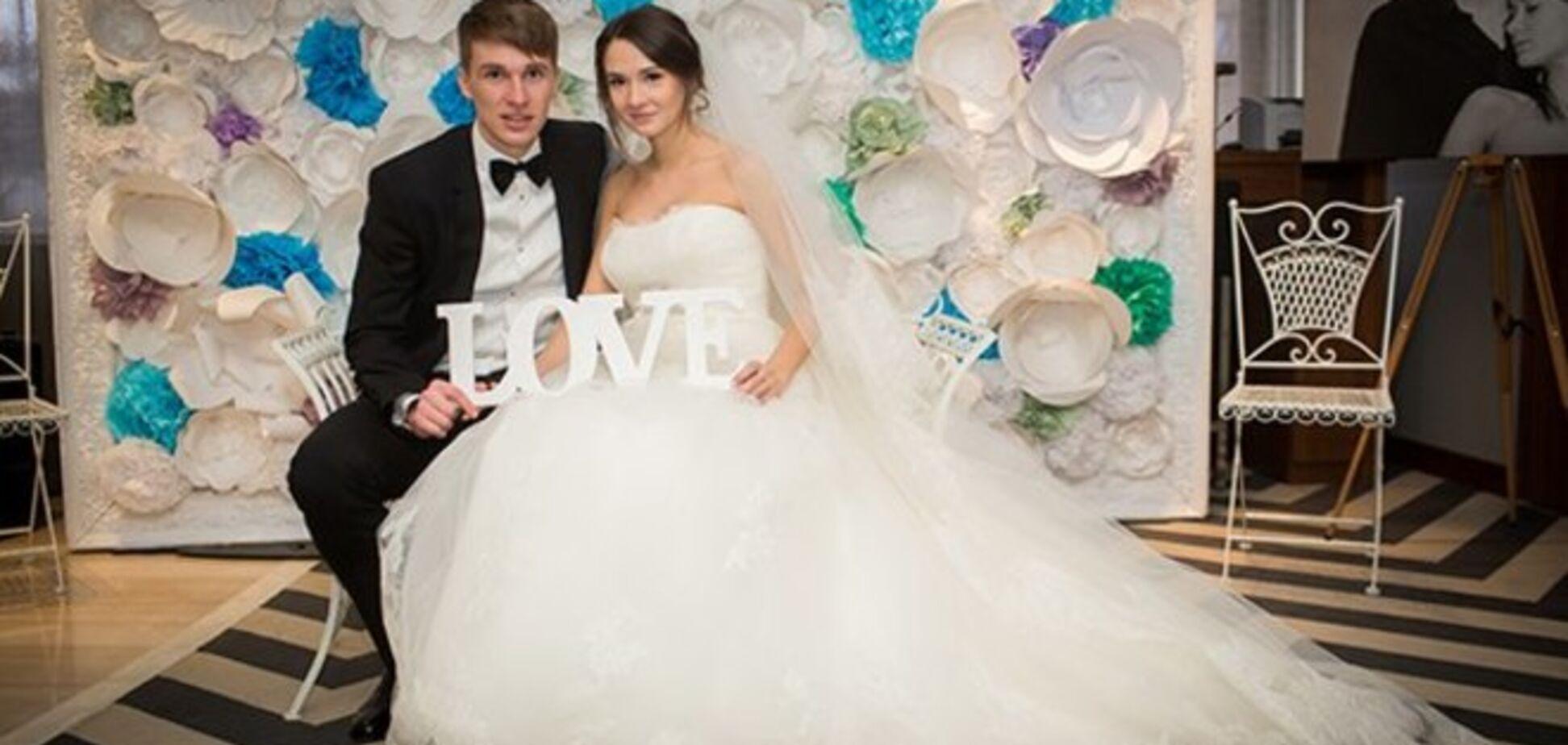 Появилось фото с красивой свадьбы футболиста 'Динамо' Сидорчука