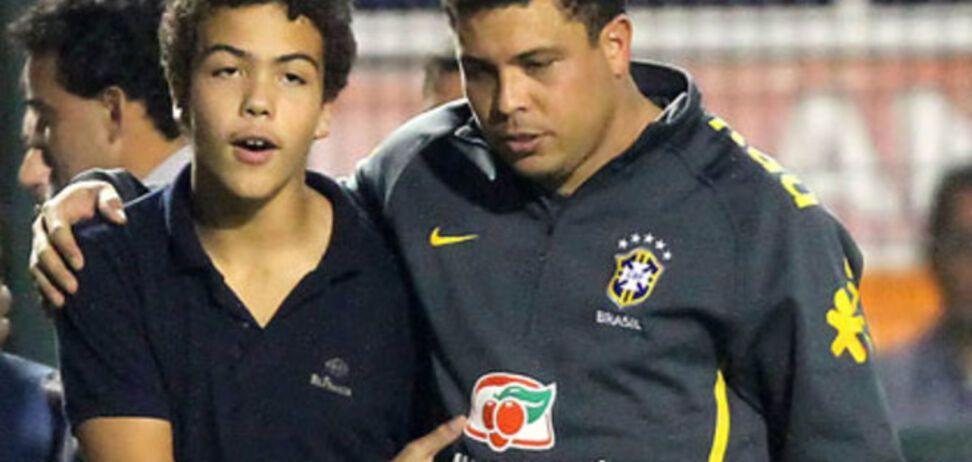 Сын легендарного Роналдо вляпался в скандал