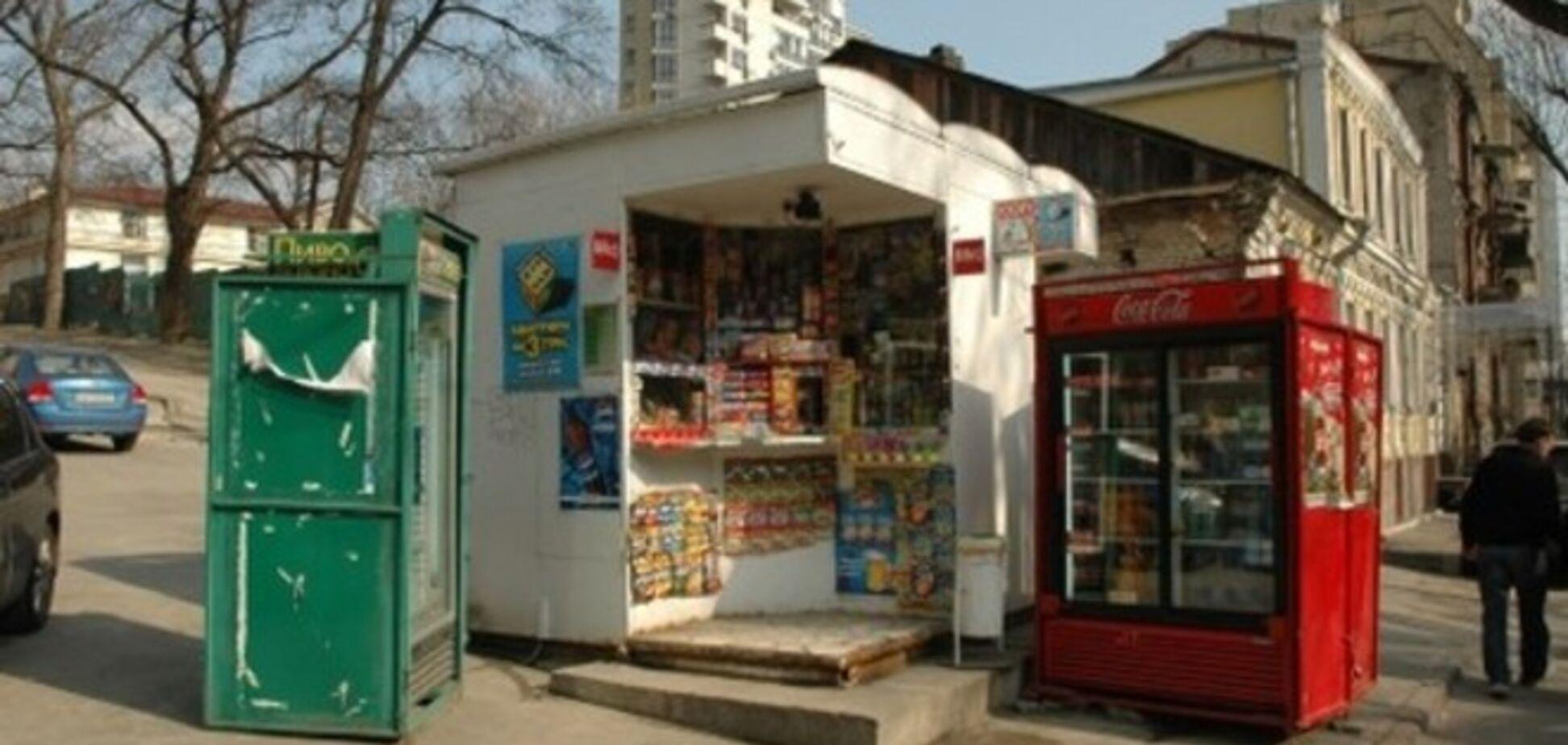 Експерти розповіли, чому в Києві не вирішується проблема незаконних кіосків