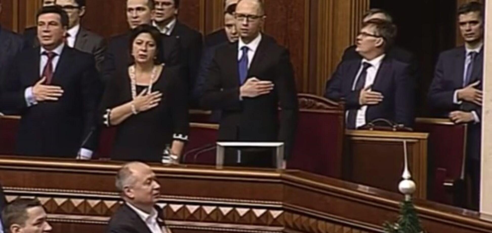 Коалиция приняла Госбюджет-2015: голосовали не все
